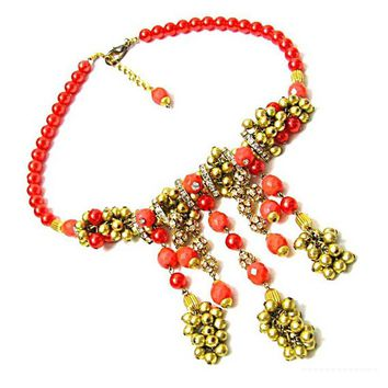 Necklace of beads and coral stones vintage 80s hard