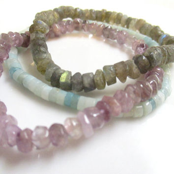 Labradorite Bracelet - Gemstone Stretch Bracelet - Beaded Stretch Bracelet