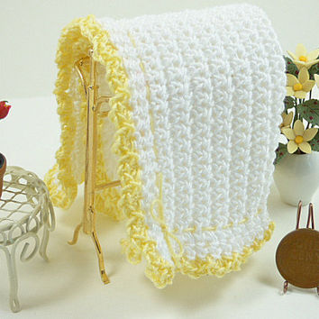 Doll Blanket Dollhouse Miniature White Lemon Yellow Crochet Afghan 1:12 Scale Fairy House Shadowbox Boy Girl Dolls House Artisan Accessory