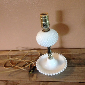 Vintage milk glass hobnail table lamp