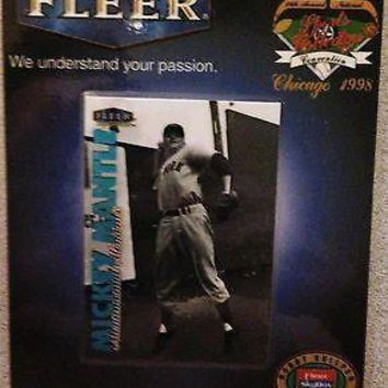 1998 FLEER MICKEY MANTLE NATIONAL SPORTS COLLECTORS CORPORATE BADGE CHICAGO CARD