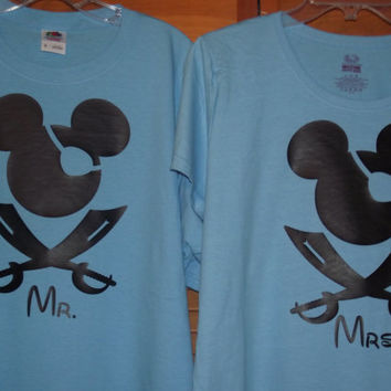 Pirate swords Minnie Mickey Mouse - Disney Birthday Family Custom T-Shirt Personalized Applique Top