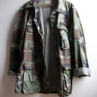 Vintage Military Grunge Camouflage Camo Jacket Shirt Worn Faded Distressed Medium Long