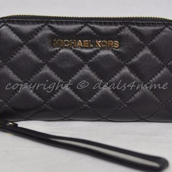 NWT MICHAEL Michael Kors Susannah Quilted Phone Wallet/Wristlet in Black Leather