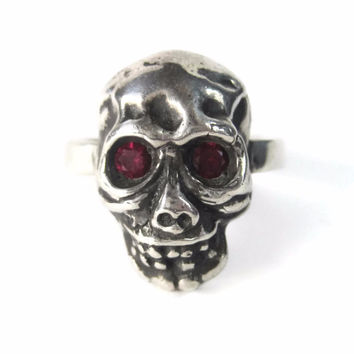 Mens Vintage Skull Ring Ruby Eyes One of a Kind Size 11