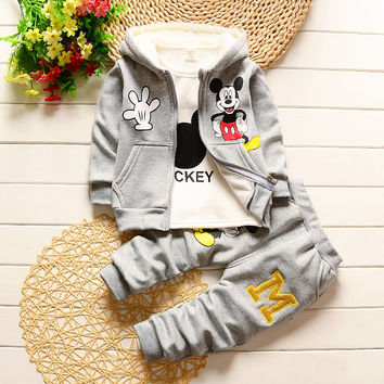 2016 new baby thicken winter clothes for baby cartoon Mickey Mouse shirt+hoodies+trousers 3pcs set cotton warm baby clothing set