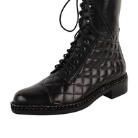 VC Signature Quilty Boots