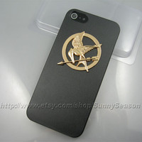 IPhone 5 case,The Hunger Games Golden Logo Mockingjay iPhone 5 Case,Black iPhone 5 Hard Case