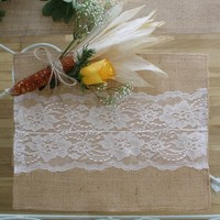 BURLAP AND LACE PLACE MATS | Stylish Holiday Table Decor