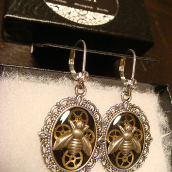 Victorian Style Clockwork  Watch Part Gears with Tiny  Bees Steampunk Style Leverback Earrings (1842)