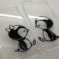 iPhone 5 Clear Case with Penguin w/Bow Couple Kissing