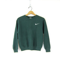 vintage NIKE sweatshirt. small fit green sweatshirt. ATHLETICS Sports Sporty Prep school workout top XS