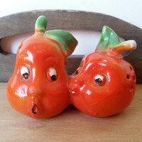 Vintage Vegetable Glass Salt and Pepper Shakers