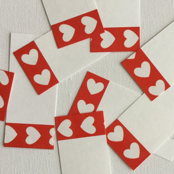 Hearts paper tag - Valentine's paper gift tag - White hearts tag - Red paper tag - red gift wrapping - hearts gift wrapping - white tag