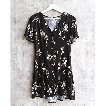 somedays lovin - follow me mini floral print dress - black