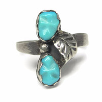 Dainty Vintage Zuni Carved Turquoise Feather Ring Size 6