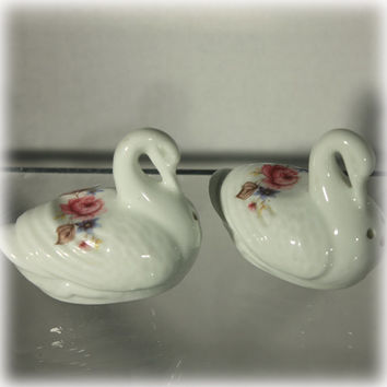 Jubilee Fine Bone China Rose Swan Salt and Pepper Shakers Made in England