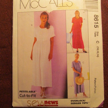 SALE Uncut McCall's Sewing Pattern, 8615! 10-12-14 Small/Medium/Women's/Misses/Petite-Able/Loose Fitting Flared Dress/Short Sleeve Pull Over