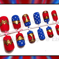 Wonder Woman Nail Set