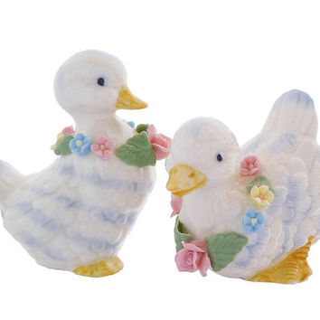 Pair of Porcelain Ducks with Flower Garlands, Vintage Collectible Figurines OCI Fitz and Floyd OMNIBUS