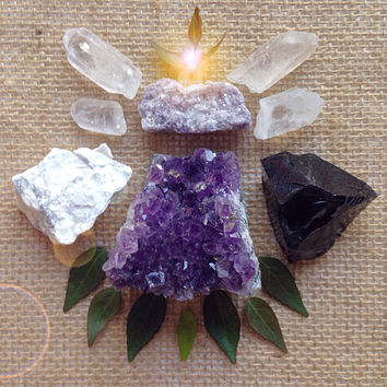 Abundance Crystal Collection Beginner Crystal Set Stone Kit Healings Crystals and Stones Crystal Gift Stone Gift Amethyst Geode Cluster