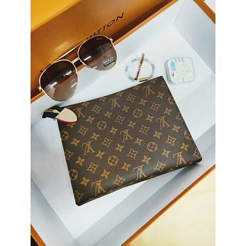 LV Louis Vuitton Classic Popular Women Monogram Business Handbag Tote Makeup Bag Clutch Bag I/A