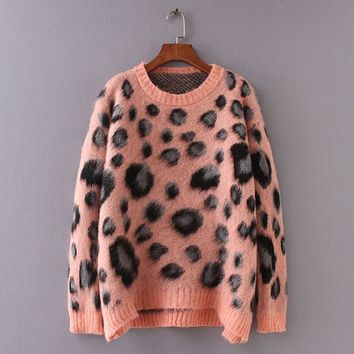 Winter 2018 Women Leopard Sweaters Pullovers Warm Long Sleeve Pink Printed mohair Knitted Sweater Women Ugly Christmas Sweater