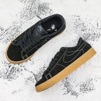 Nike SB Blazer Low Black Gum