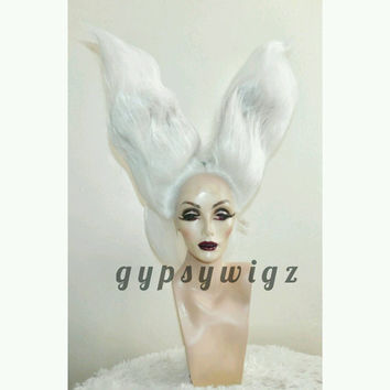 White Rabbit // Bunny Ears // Alice in Wonderland // Drag Queen // Show Girl // Cosplay// White // Lace Front Wig