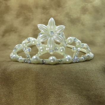 Crown - Tiara - Ivory - Crystal - Flower - Princess - Ivory Wedding - Crystal Wedding - Bridal Accessories - Flower Girl - Wedding