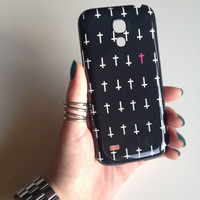 Cross Pattern Hard Cell Phone Case iPhone 3 3GS 4 4S 5 5S 5C Samsung Galaxy S2 S3 S4 Mini S5 Sony Xperia Z Blackberry Z10 Curve Bold HTC