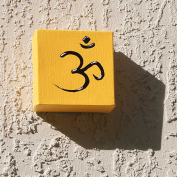 Om acrylic paint pop art wall decor yellow