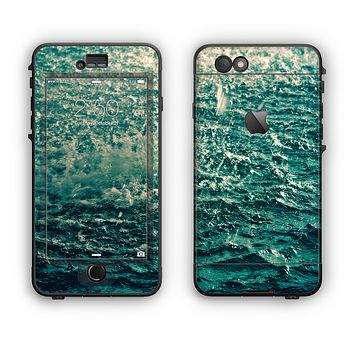 The Rough Water Apple iPhone 6 Plus LifeProof Nuud Case Skin Set