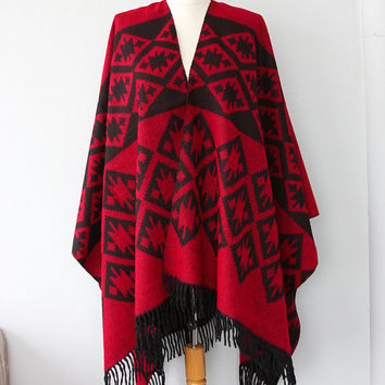 Red poncho Autumn fall fashion Aztec poncho Tribal cape Native outerwear Women ponchos Geometric poncho Boho shawl Bohemian winter wrap