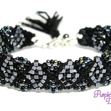 CLEMATIS - Beaded Macrame Bracelet with Geometric Pattern, Woven Seed Beads Bracelet - Black/Gunmetal