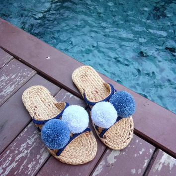Pompom Sandals / Greek Sandals / Beach Sandals.