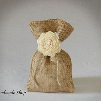 Burlap Gift Bag with Sola Flower, Wedding Favor Bag, Wedding Bridal Shower, SET OF 70