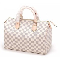 LOUIS VUITTON Shoulder Bag1