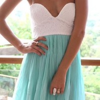 Mint Strapless Chiffon Dress with Plunging Bodice&Pleat Skir