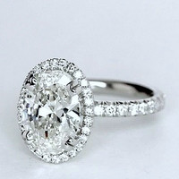 2.35ct F-VS2 Oval Diamond Engagement Ring GIA certified 18kt White Gold