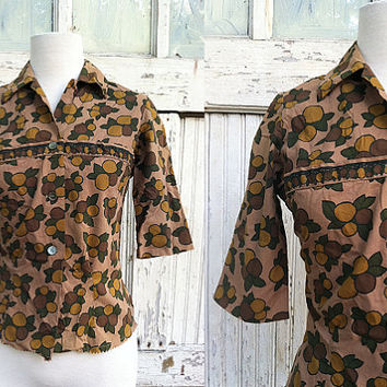 Fruit Clustered Blouse / Miss Pat California / 1960s Button Up Blouse / Mod Top