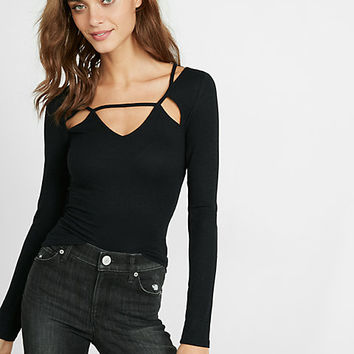 ribbed v-neck cut-out long-sleeve tee