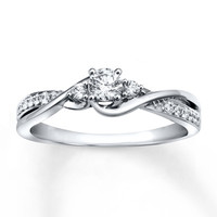 Diamond Engagement Ring 1/3 ct tw Round-cut 10K White Gold