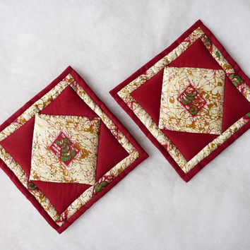 Maroon and cream patchwork quilted pot holders - set of 2, cotton, new, handmade