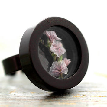 NEW: Real Baby's Breath Locket Ring. Black ring filled with light pink blossoms. Adjustable. Nature statement ring for her.