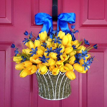 Spring Tulip Wreath - Yellow Tulip Bucket - Easter Wreath - Mother's Day Wreath - Spring Wreath - Yellow Tulip Basket with Purple Flowers