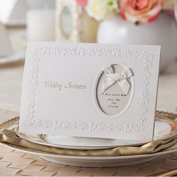 100pcs White Hollow Laser Cut Wedding Invitations Card Bow-knot Personalized Custom Printable & Envelopes Wedding Party Supplies