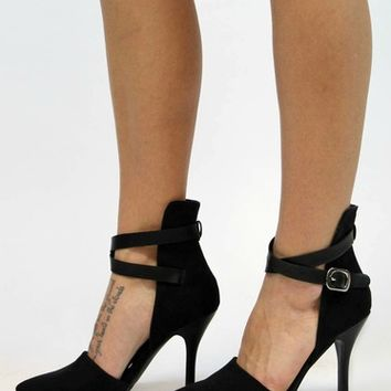 Safe Haven Ankle Strap Pump in Black | Chinese Laundry