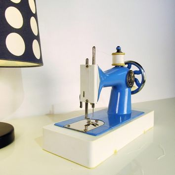 Vintage Toy Sewing Hand Crank Machine Deep Blue Color with Plastic Base Made in USSR with Original Case Toy Sewing Machine Working Order 70s
