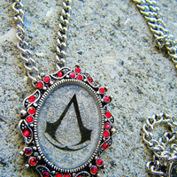 Crystal Victorian Assassins Creed Necklace
